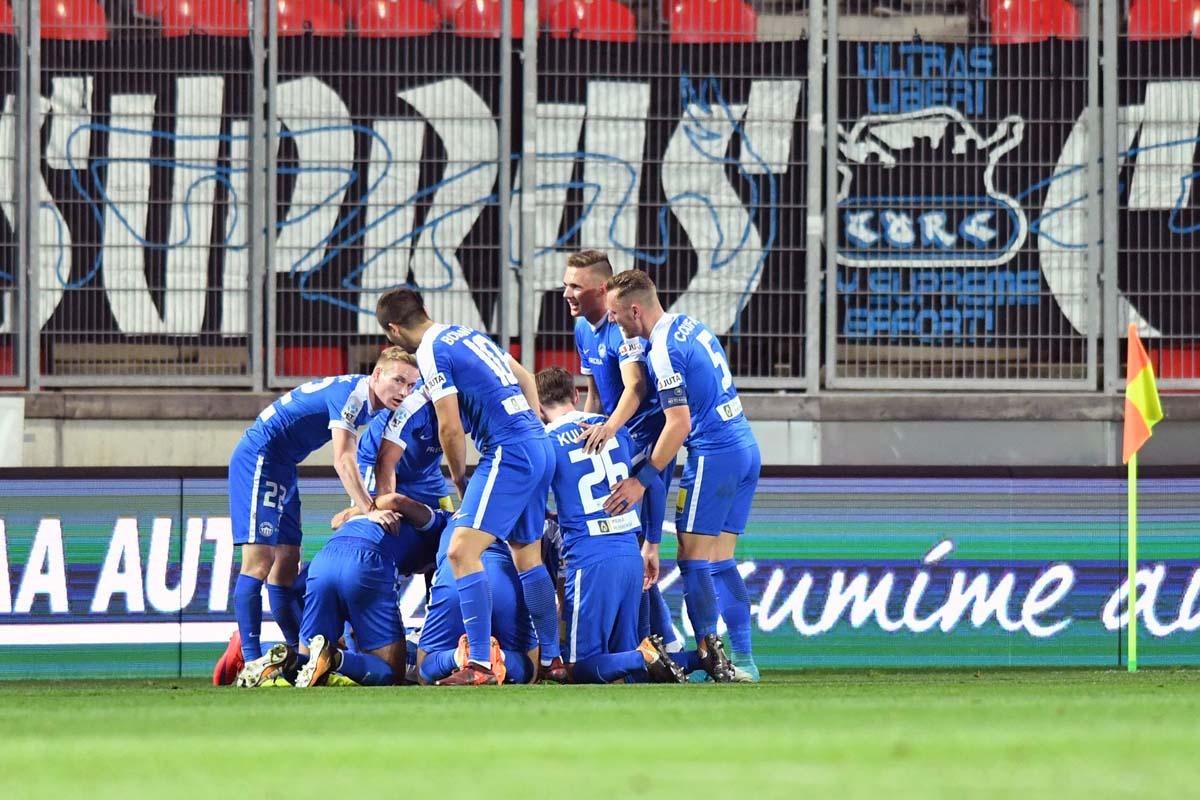 Kluges Spiel und Sieg im Stadion Eden - 2:1 gegen Slavia Prag bringt Platz 4 in der Tabelle